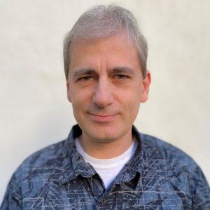Dr Ilya Issenin